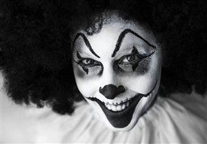 Photo by Desertrose7, via Pixabay | https://pixabay.com/en/clown-creepy-grinning-facepaint-630883/